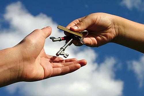 Ключи от квартиры, вернее сдача недвижимости в аренду отличный источник пассивного дохода