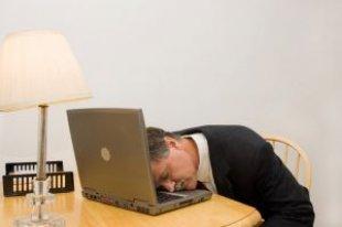 Очень устал, разве так можно работать? Подумайте о себе!