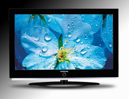 Телевизоры привлекают внимание ещё и тем, что есть у каждого, то есть, очень доступны