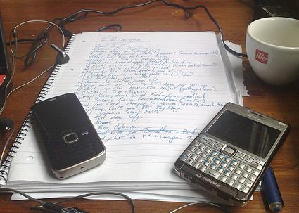 Запишите всё, что делали и потом выявите самые главные поглотители времени