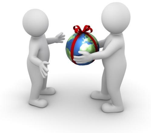 Привлекая рефералов вы по сути, просто делитесь с людьми информацией из рук в руки, рекомендуя им тот или иной сервис или товар