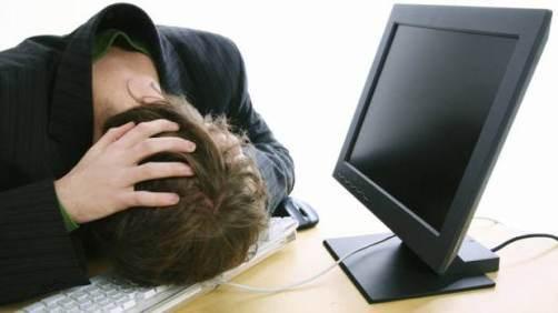 Чтобы не биться головой о клавиатуру и не рвать на себе волосы, будьте бдительны